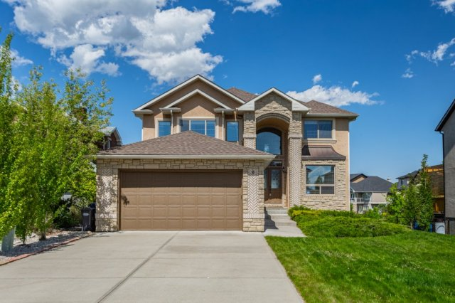 9 Crystal Shores Point in Crystal Shores Okotoks MLS® #EXC69252846